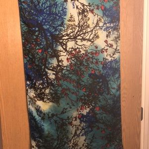 Accessories - Forrest/ floral print scarf